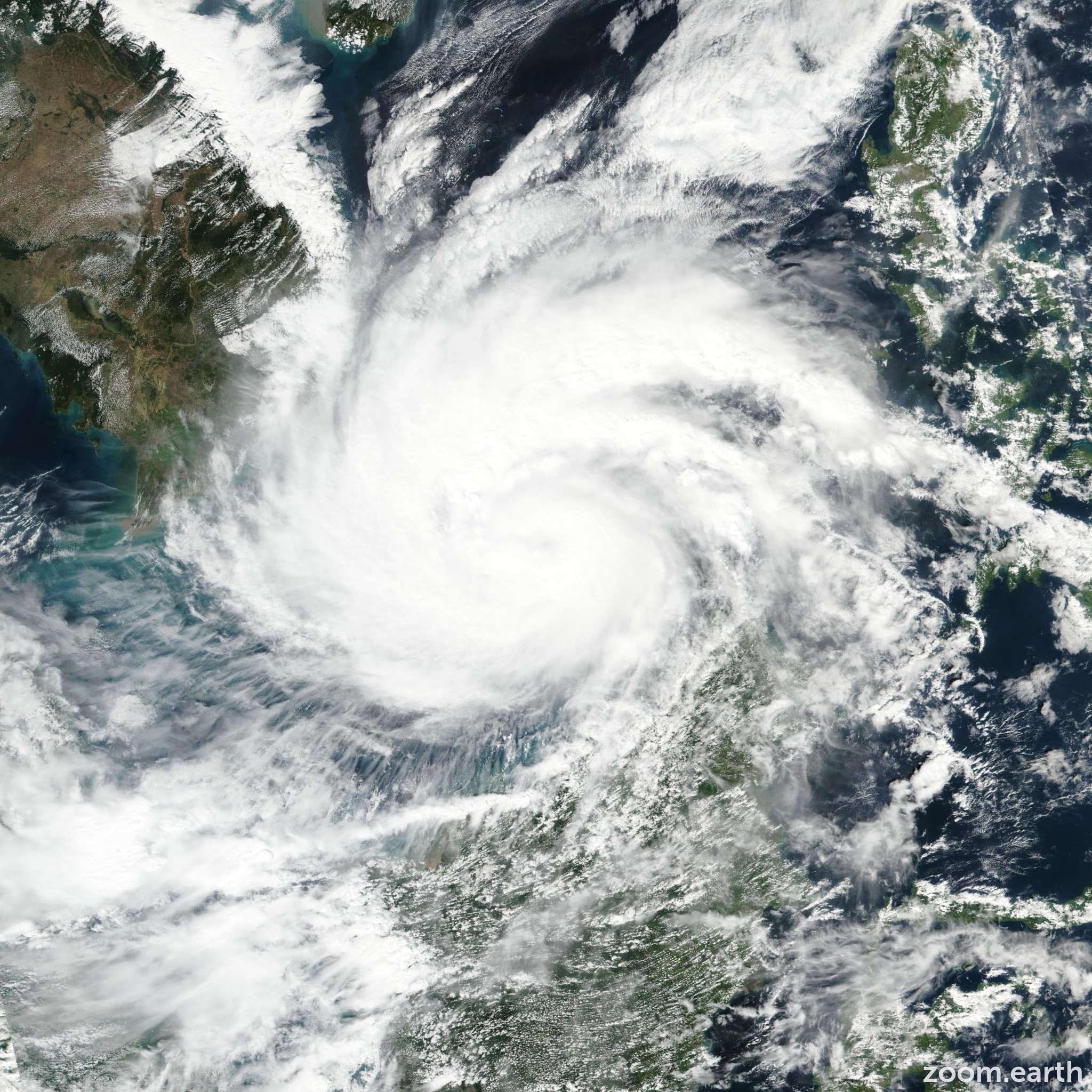 Satellite image of Typhoon Tembin (Vinta) 2017