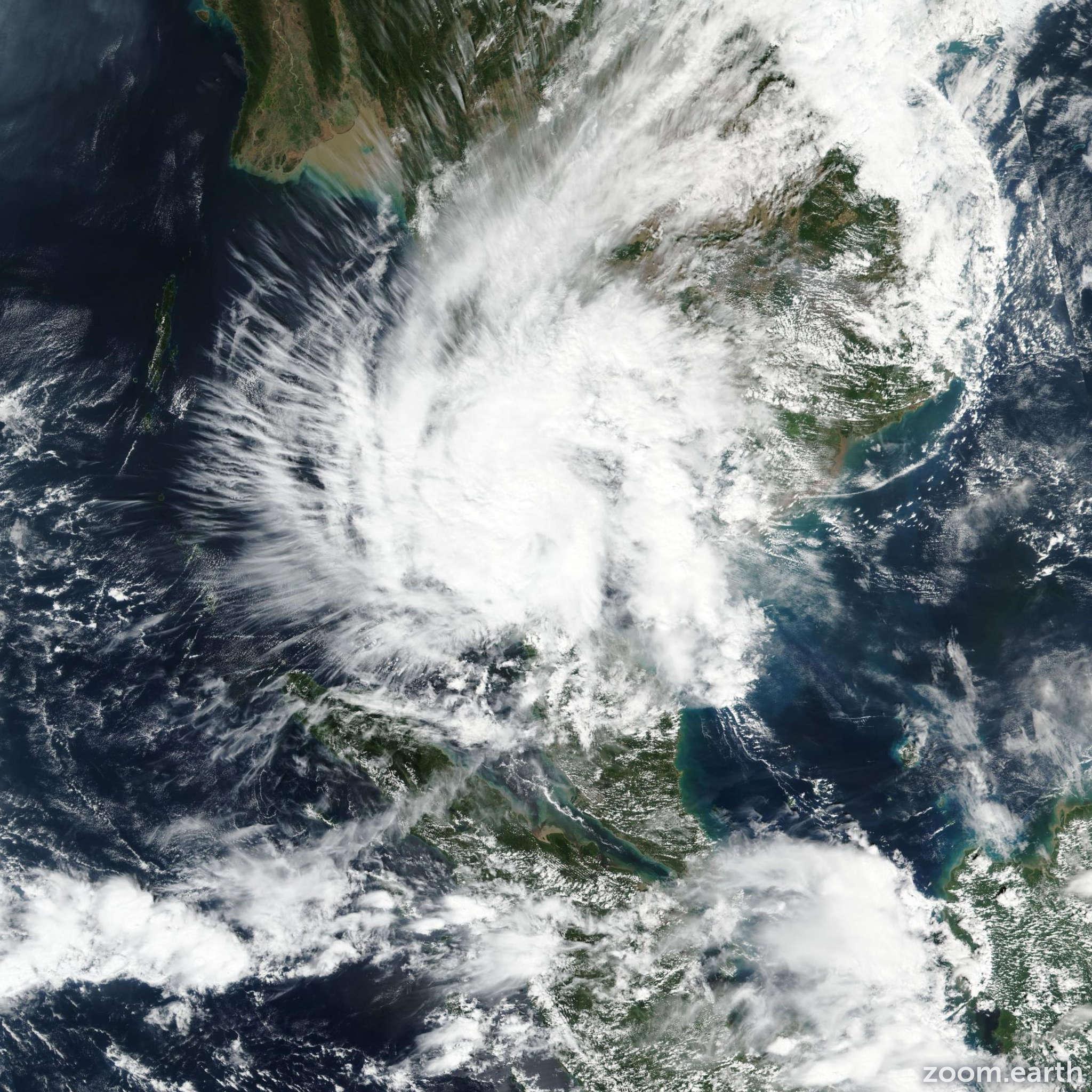 Satellite image of Cyclone Pabuk 2018