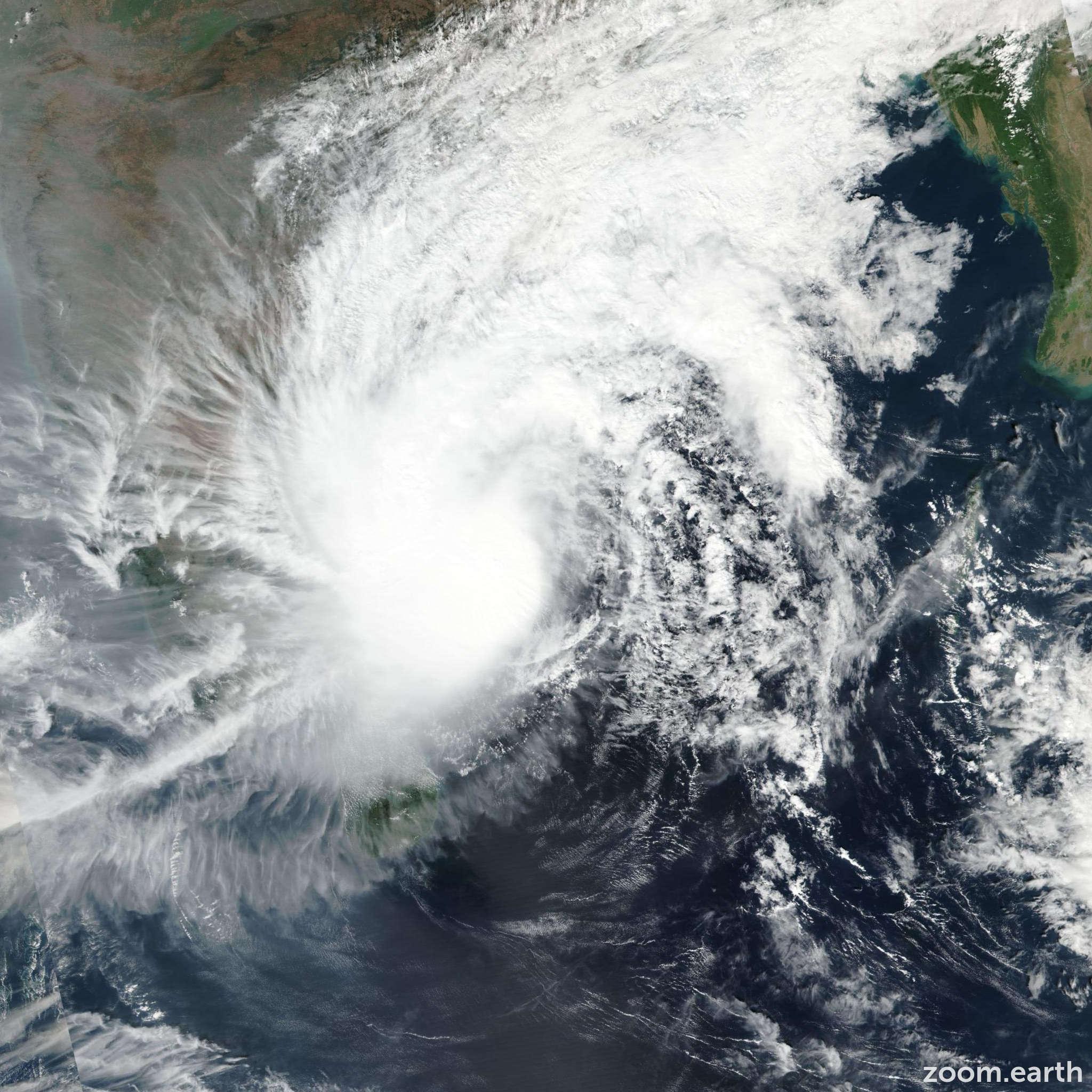 Satellite image of Cyclone Phethai 2018