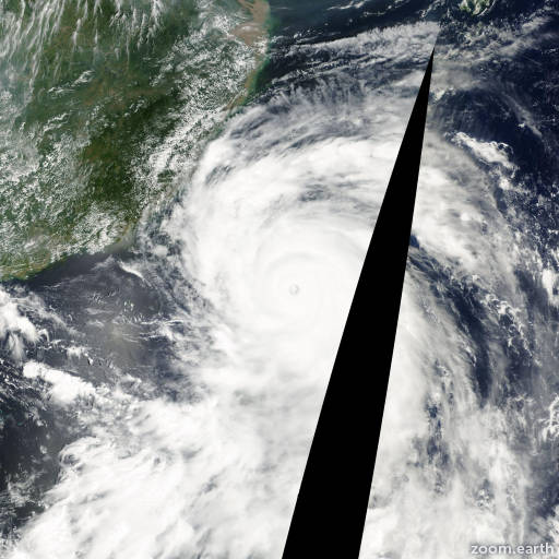 Satellite image of Typhoon Bilis 2000