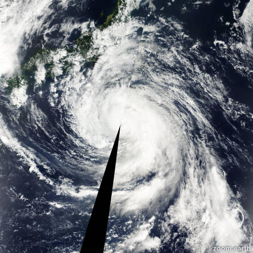 Satellite image of Typhoon Danas 2001