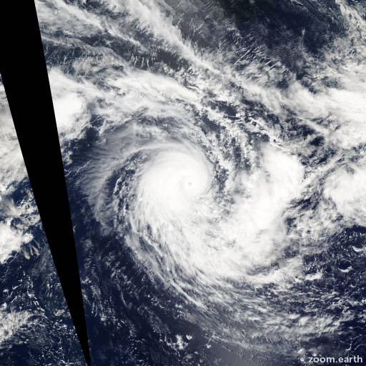 Satellite image of Cyclone Frank 2004