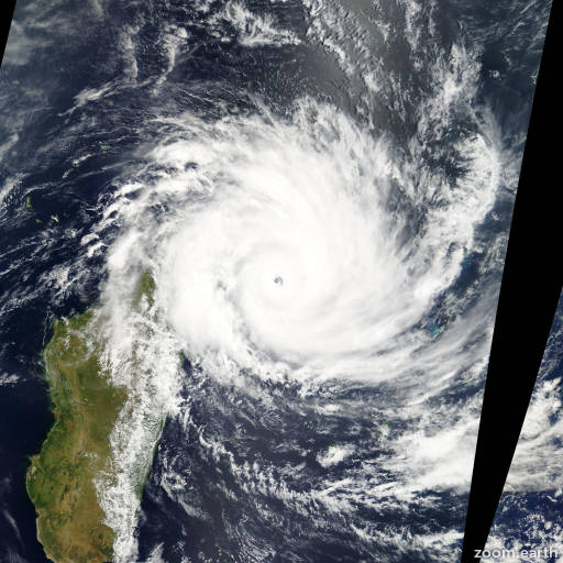 Satellite image of Cyclone Gafilo 2004