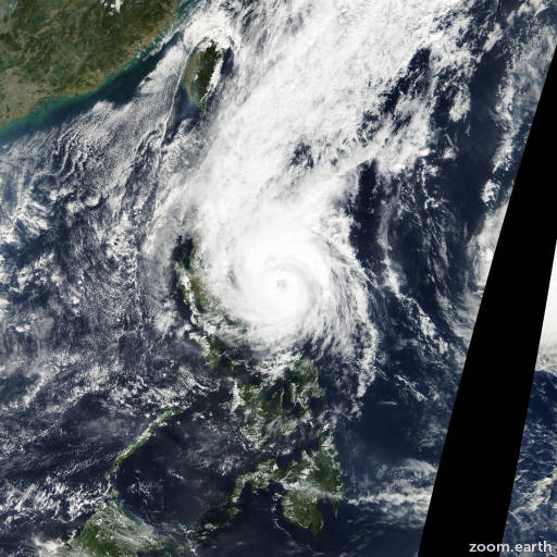 Satellite image of Typhoon Muifa 2004