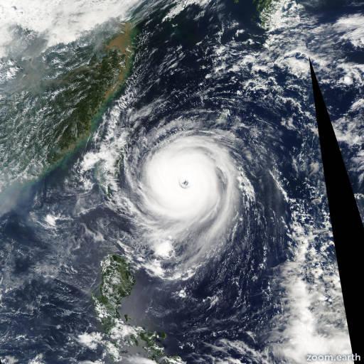 Satellite image of Typhoon Longwang 2005