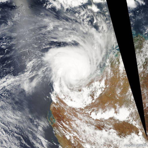 Satellite image of Cyclone Clare 2006