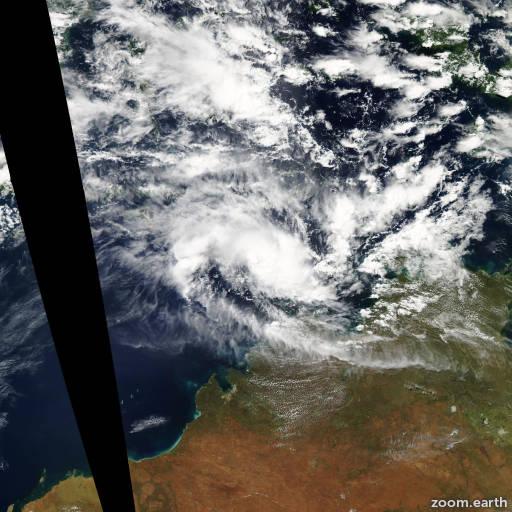 Satellite image of Cyclone Errol 2011