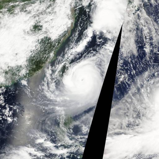 Satellite image of Typhoon Tembin 2012