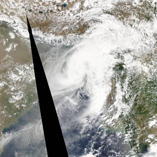 Satellite image of Cyclone Viyaru 2013