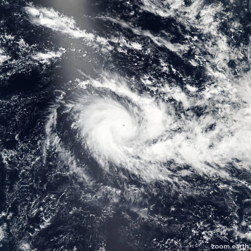 Satellite image of Cyclone Emeraude 2016